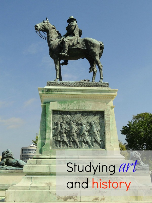 Ulysses Grant memorial studying art and history
