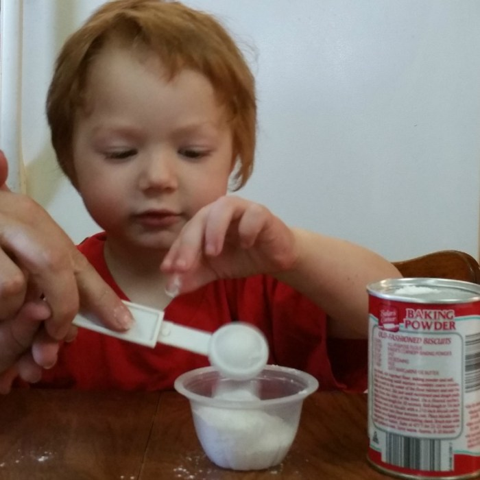 Lil' Red Baking Powder