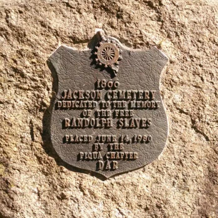 Jackson Cemetery DAR plaque