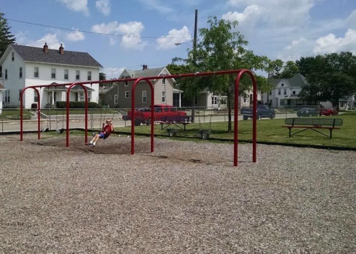Kiwanis Park Swings