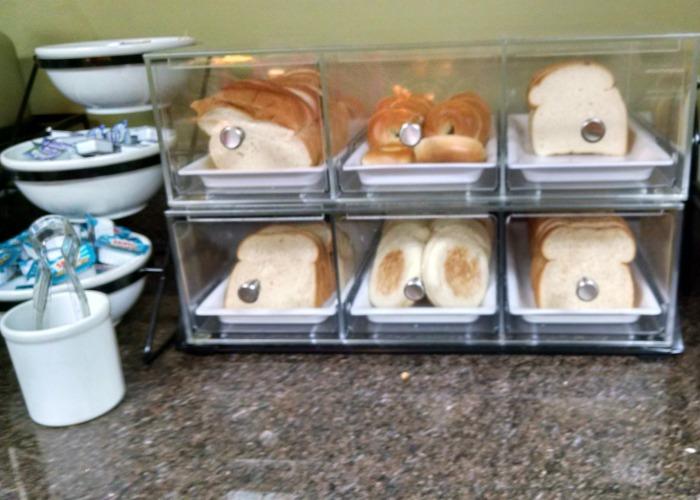 comfort suites bread counter