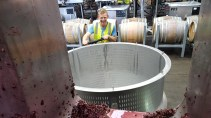 The wonderful Ben switching out the press tubs mid way