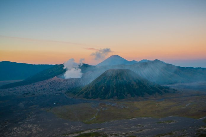 The Top Guide To Visiting Mount Bromo At Sunrise Something Of Freedom