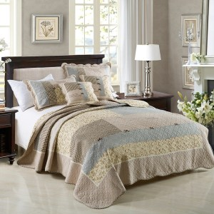 French Country Vintage Inspired Patchwork Bed Quilt VINEYARD DAYDREAM New Coverlet