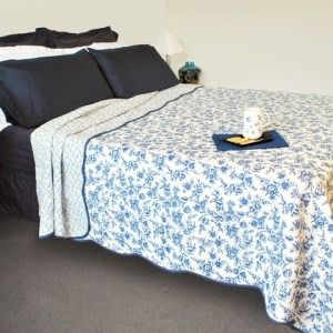 French Country Vintage Inspired Patchwork Bed Quilt BLUE ROYAL Coverlet New