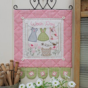 Quilting Sewing Wall Hanging Pattern WASH DAY Sally Giblin Rivendale Collection NEW