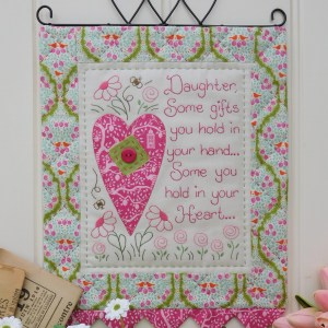 Quilting Sewing Wall Hanging Pattern YOUR HEART Sally Giblin Rivendale Collection NEW