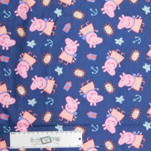 Patchwork Quilting Sewing Fabric PEPPA PIG BY THE SEASIDE 50x55cm FQ New