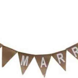 Country Vintage Inspired Wall Art Wedding JUST MARRIED Bunting Flags Hessian New