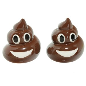 French Country Collectable Novelty Magnetic EMOJI POOP Salt and Pepper Set New