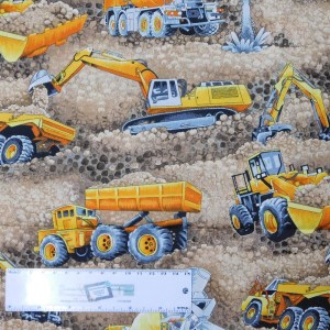 Patchwork Quilting Sewing Fabric TRUCKS and DIGGERS DIRT 50x55cm FQ New