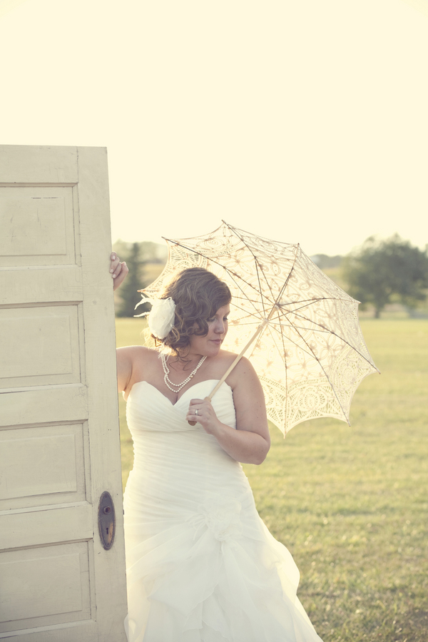ST_Red_Bloom_Photography_rustic_wedding_12a
