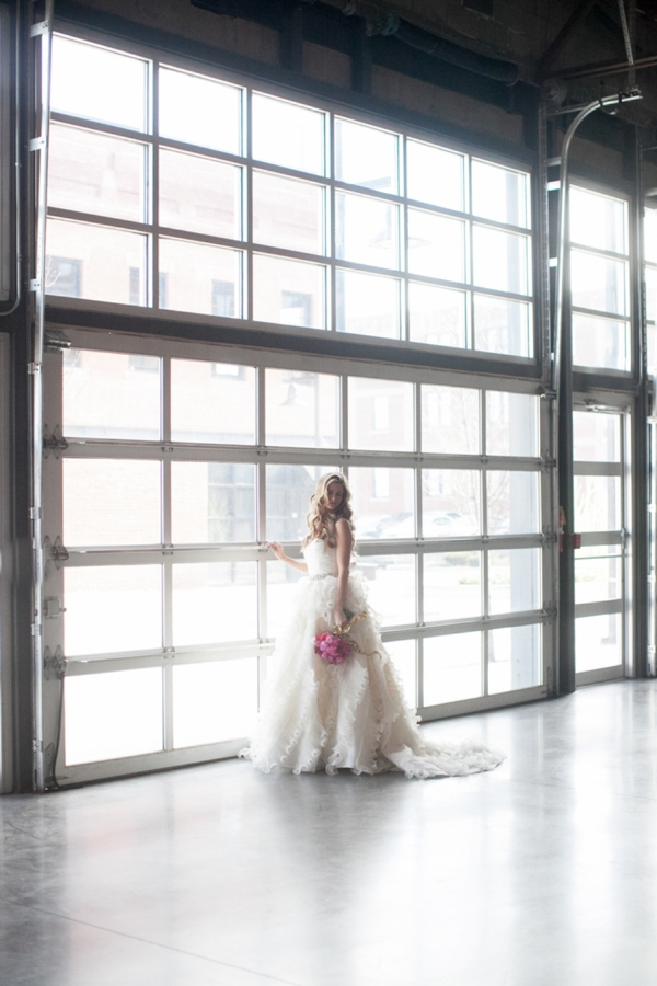 ST_Cassandra_Castaneda_Glam_wedding_inspiration_0018.jpg
