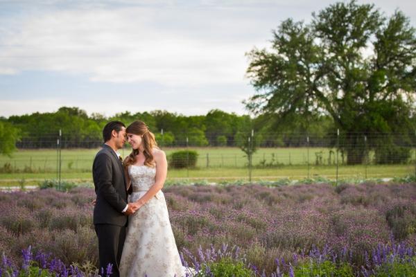 ST_Kelly_Miranda_Photography_vineyard_wedding_0001