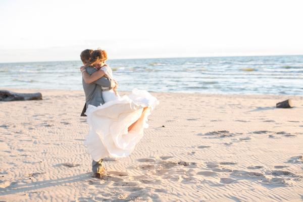 ST_Lizzie_Photo_colorful_diy_wedding_0034.jpg