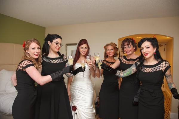 ST_Carrie_Wildes_Photography_halloween_wedding_0004.jpg