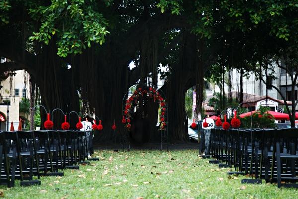 ST_Carrie_Wildes_Photography_halloween_wedding_0011.jpg