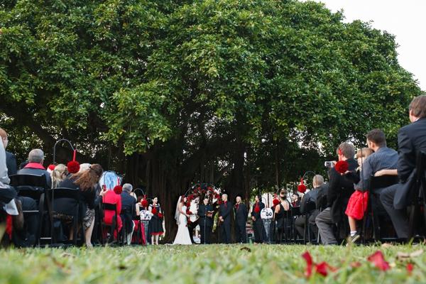 ST_Carrie_Wildes_Photography_halloween_wedding_0020.jpg