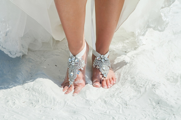 ST_Marie_Angela_Photography_pink_beach_wedding_0007.jpg