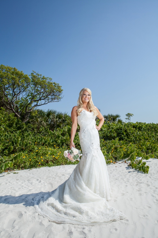 ST_Marie_Angela_Photography_pink_beach_wedding_0011.jpg