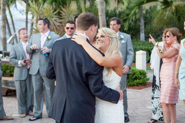 ST_Marie_Angela_Photography_pink_beach_wedding_0034.jpg
