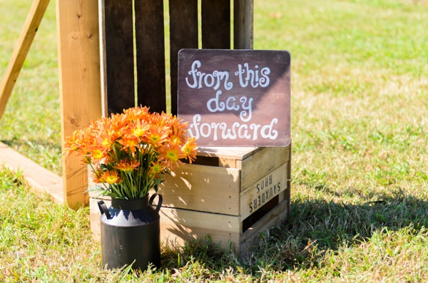 ST_Elizabeth_Henson_Photos_rustic_DIY_wedding_0016.jpg