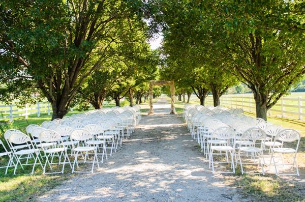 ST_Elizabeth_Henson_Photos_rustic_DIY_wedding_0017.jpg