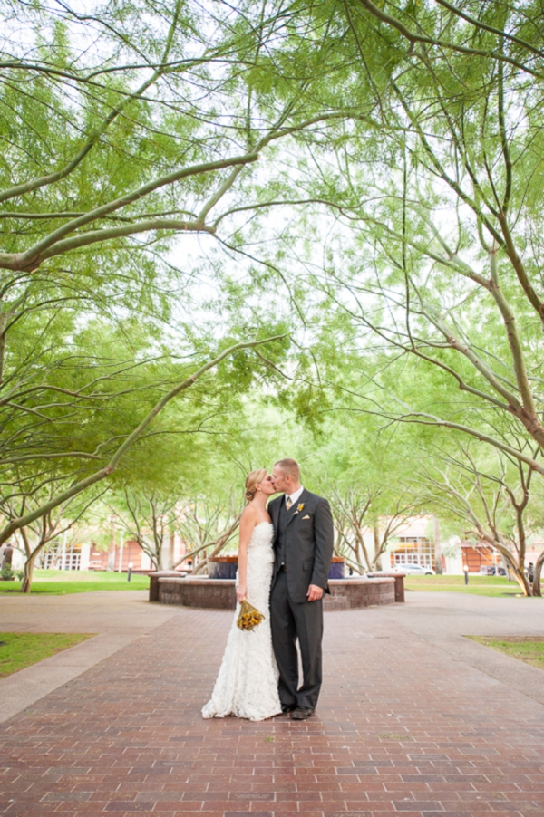 ST_Jennifer_Halen_Phototgraphy_turquoise_yellow_wedding_arizona_wedding_0028.jpg