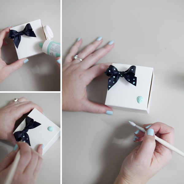 ST-DIY-stiff-ribbon-bow-ring-bridesmaid-gift_0011.jpg