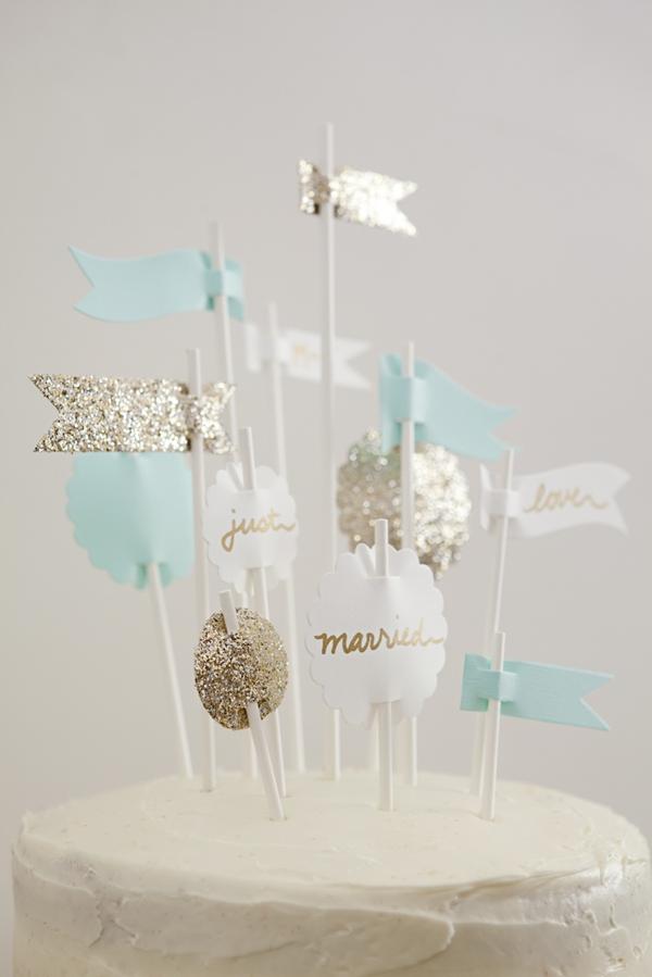 ST_DIY_Flag_Cake_Topper_Wedding_0010.jpg