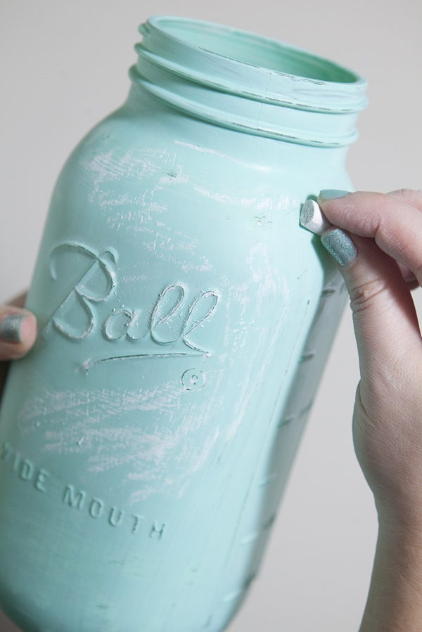 SomethingTurquoise_12MonthsofMartha_distressed_chalkboard_mason_jars_0014.jpg
