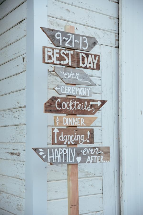 SomethingTurquoise_rustic_DIY_wedding_Captured_by_Corrin_0016.jpg