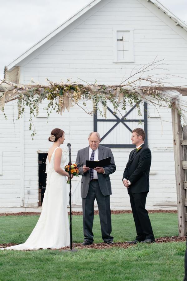 SomethingTurquoise_rustic_DIY_wedding_Captured_by_Corrin_0021.jpg