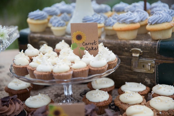 SomethingTurquoise_rustic_DIY_wedding_Captured_by_Corrin_0034.jpg