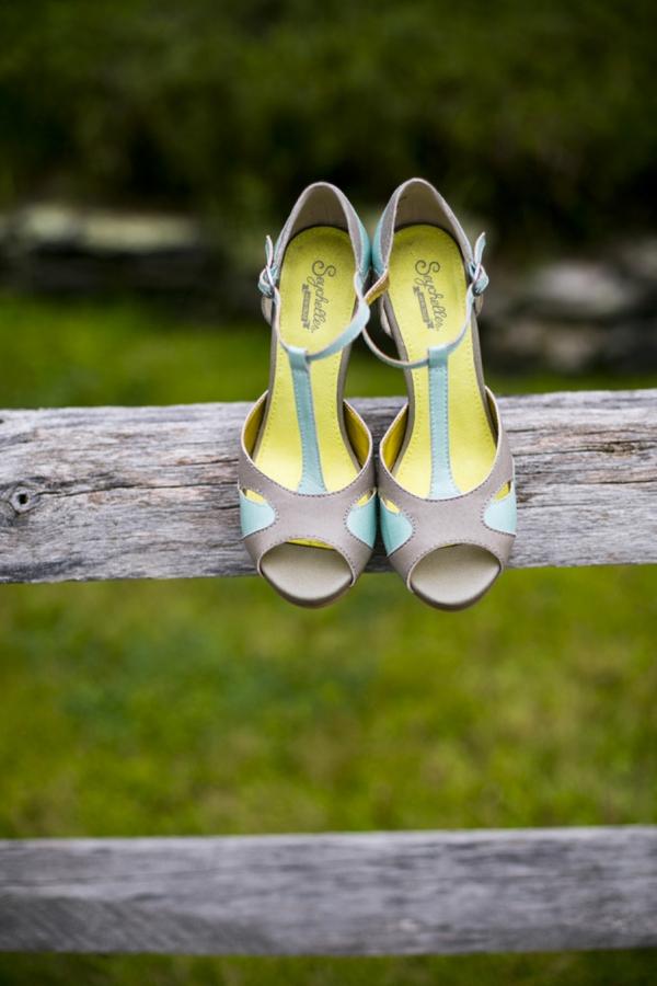 SomethingTurquoise-Ampersand_Wedding_Photography_red_rustic_wedding_0013.jpg