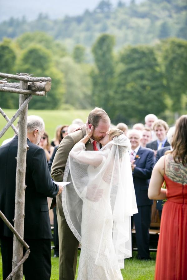 SomethingTurquoise-Ampersand_Wedding_Photography_red_rustic_wedding_0029.jpg