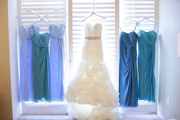 SomethingTurquoise_turquoise_diy_wedding_John_Joseph_Photography_0004.jpg