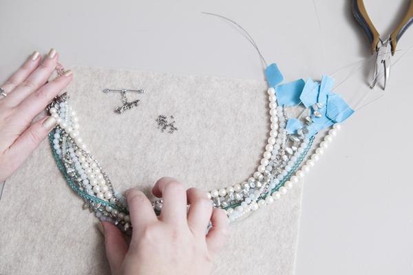 SomethingTurquoise_DIY_Statement_Necklace_Bridal_0016.jpg