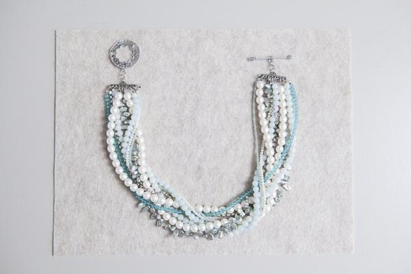 SomethingTurquoise_DIY_Statement_Necklace_Bridal_0022.jpg