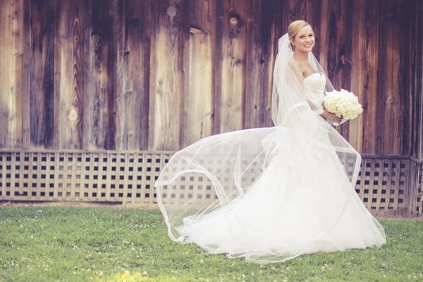 SomethingTurquoise_DIY_Wedding_Ashley_dePencier_Photography_0010.jpg