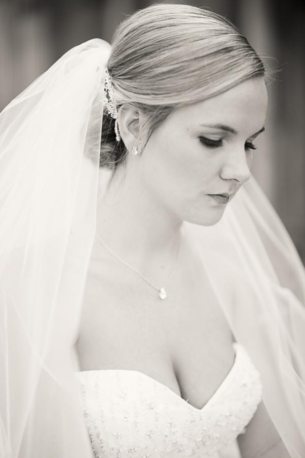 SomethingTurquoise_DIY_Wedding_Ashley_dePencier_Photography_0025.jpg