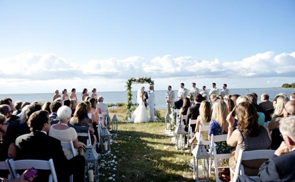 SomethingTurquoise_Jen_Harvey_Photography_beach_wedding_0015.jpg