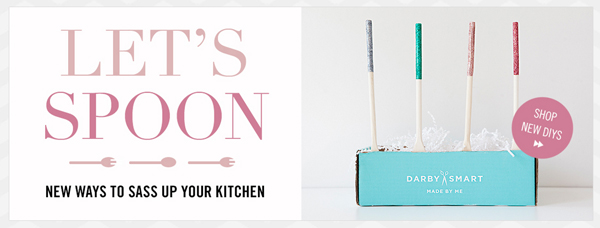 Darby-Smart_diy-glitter-wooden-spoons