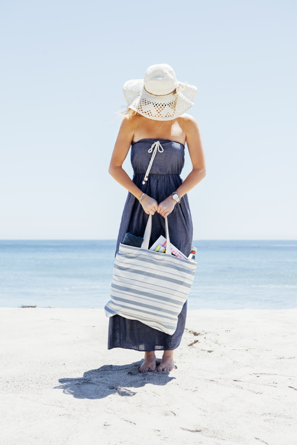 SomethingTurquoise_DIY-Honeymoon-Beach-Bag_0018.jpg
