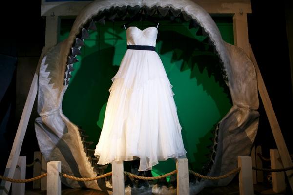 SomethingTurquoise_DIY_aquarium_wedding_Carrie_Wildes_Photography_0003.jpg