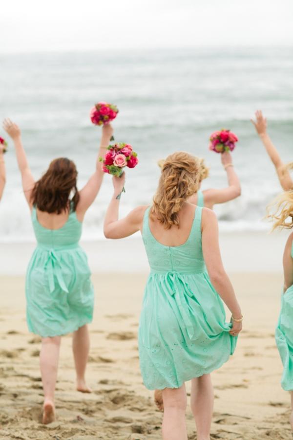 SomethingTurquoise_DIY_beach_wedding_Jennefer_Wilson_0012.jpg