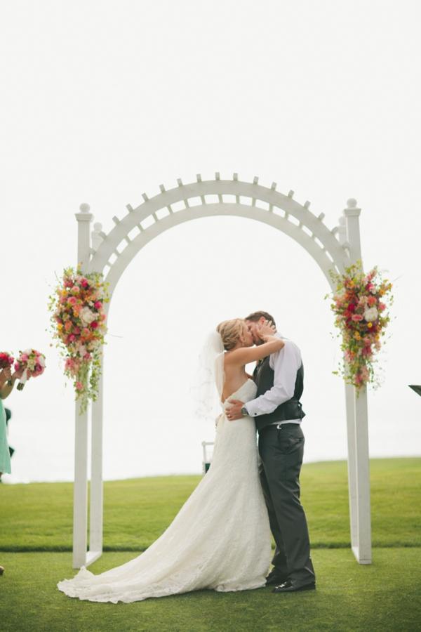 SomethingTurquoise_DIY_beach_wedding_Jennefer_Wilson_0025.jpg