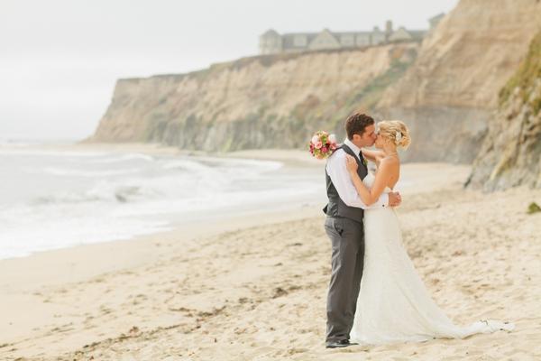 SomethingTurquoise_DIY_beach_wedding_Jennefer_Wilson_0029.jpg