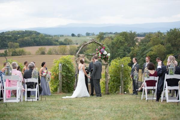 SomethingTurquoise_DIY_winery_wedding_Gayle_Driver_Photography_0024.jpg