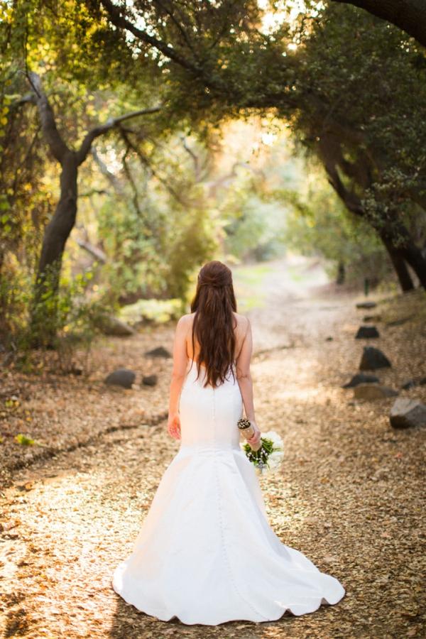 SomethingTurquoise_stunning_DIY_wedding_Aga_Jones_Photography_0006.jpg